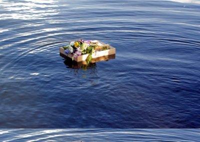 Funeral wreath at seas Gold Coast Memorial cruises
